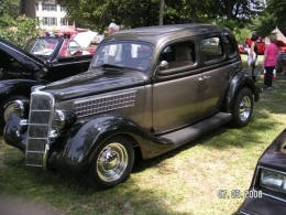 1935 ford 1930s 4 door hot rod by narider for 1935 ford 4 door